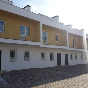 Domino Townhouse
