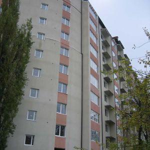 вул. Коновальця, 124
