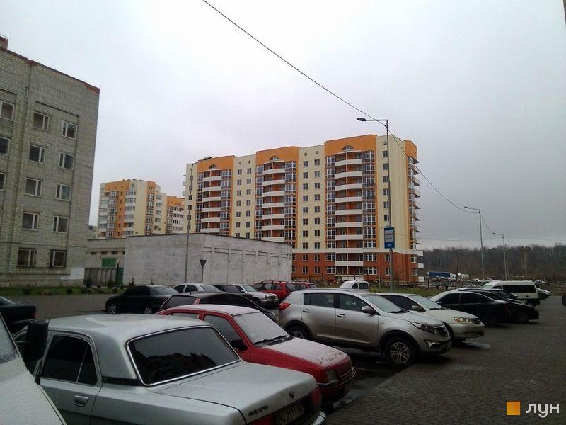 вул. Скрипника, 3
