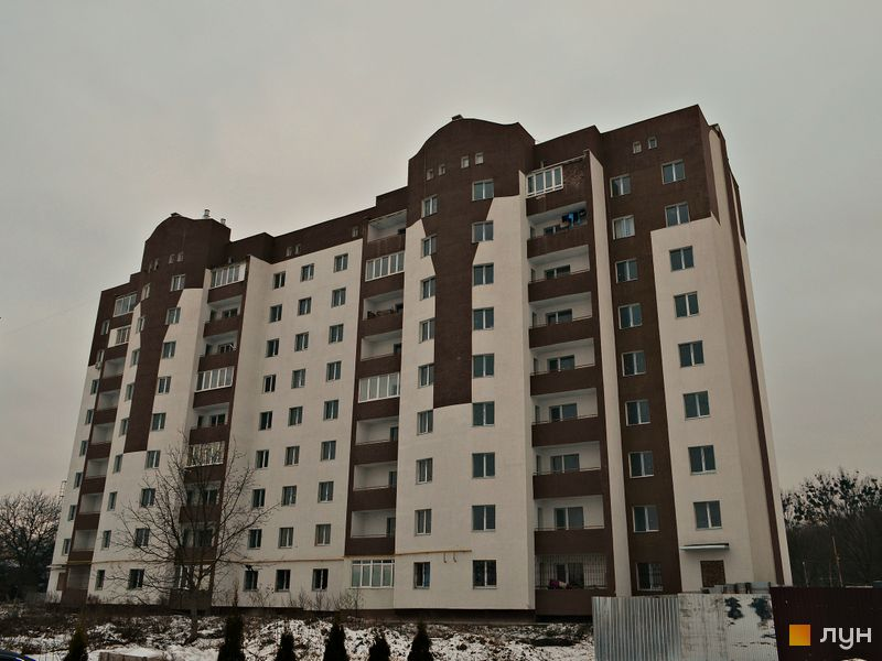 вул. Академіка Сахарова, 14б