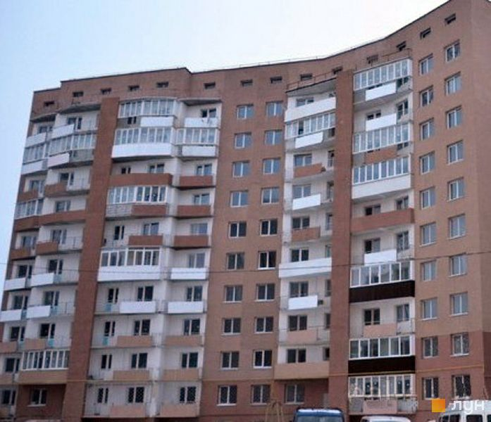 вул. Богдана Хмельницького, 275а