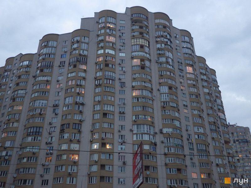 вул. Дніпровська набережна, 19, 19а, 19в, 23, 25
