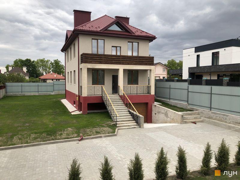 КГ Горобиновий маєток