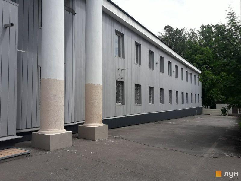 вул. Михайлика, 4