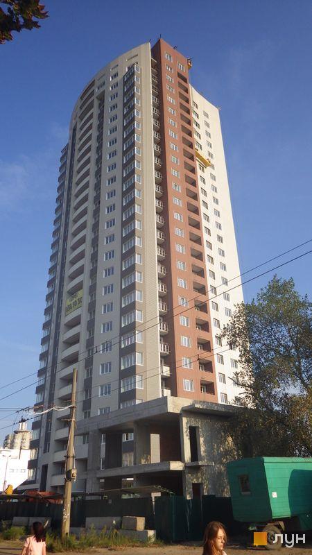 вул. Малиновського, 8