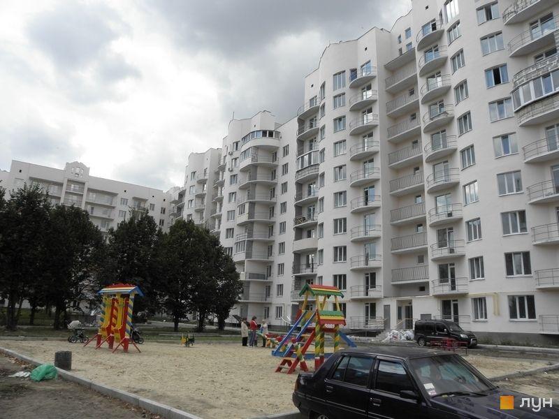 вул. Ватутіна, 99