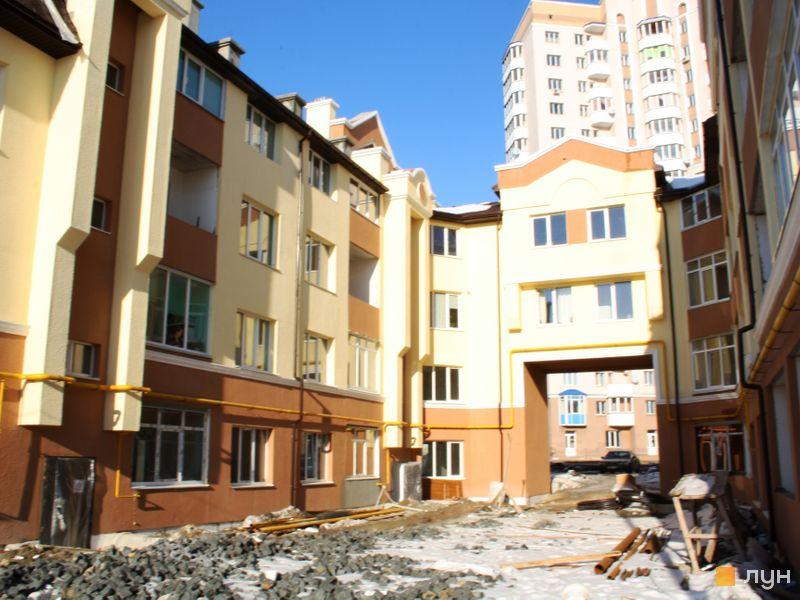вул. Богдана Хмельницького, 15-17