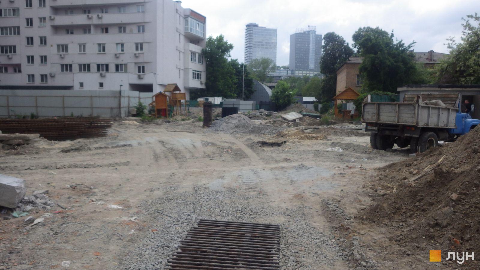 Ход строительства ул. Казимира Малевича, 44, 46, , май 2019