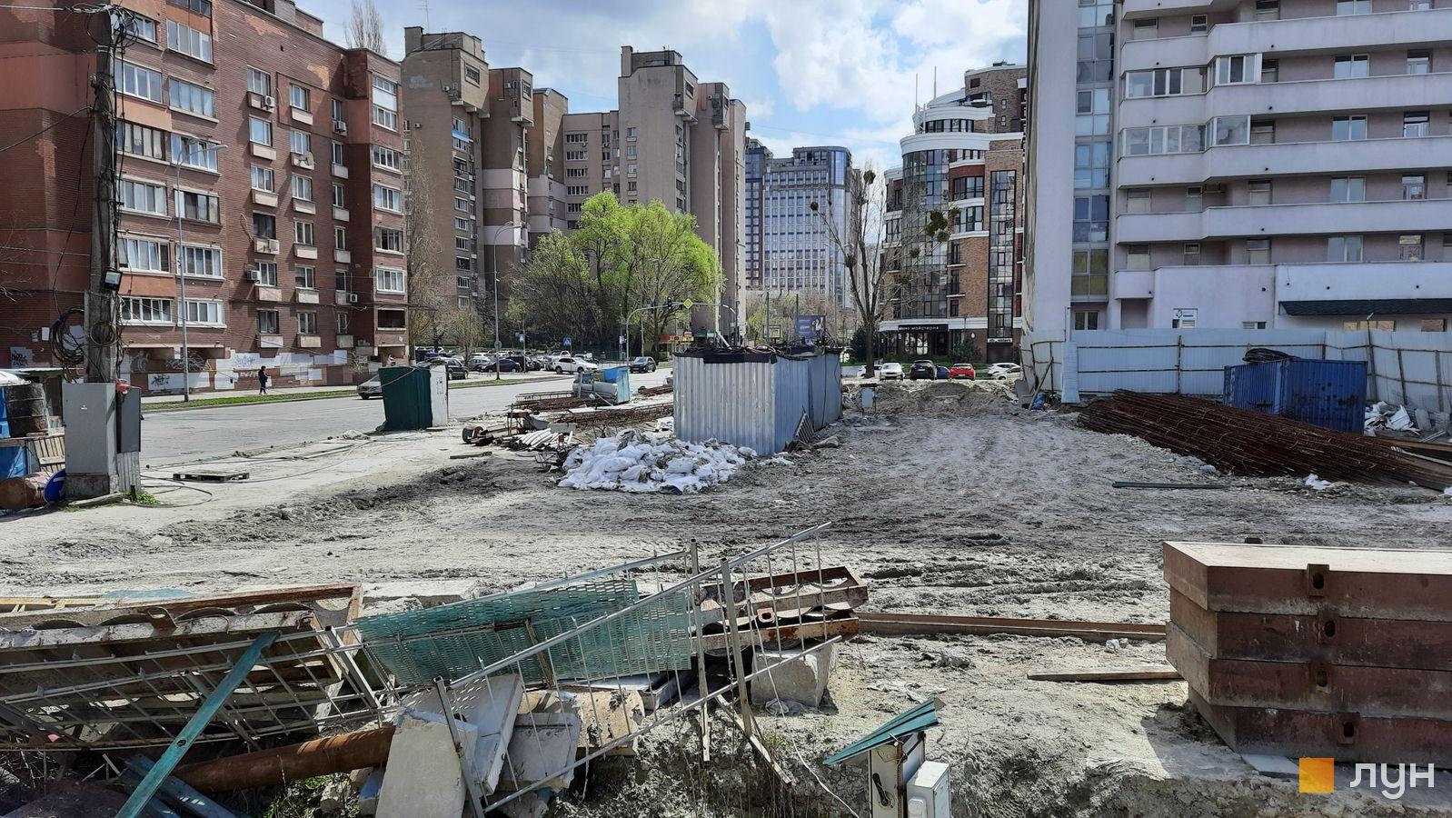 Ход строительства ул. Казимира Малевича, 44, 46, , апрель 2021