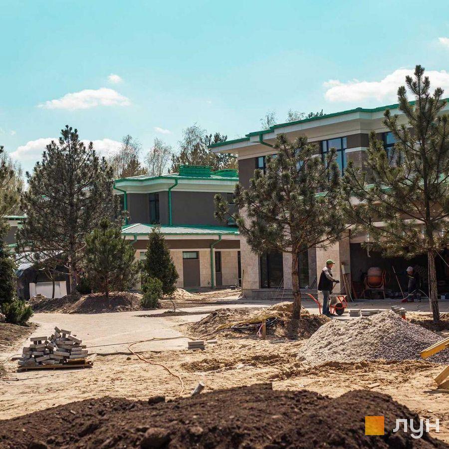 Хід будівництва КМ Kozyn Seven Club, , червень 2021