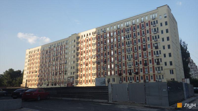 Хід будівництва ЖК Грюнвальд, 1-2 будинки (вул. Клавдіївська, 40а, вул. Клавдіївська, 40б), липень 2014