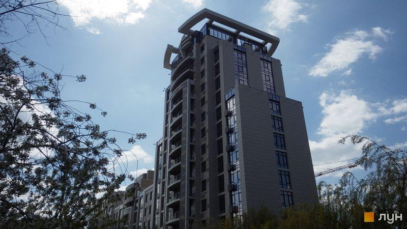 Ход строительства ЖК Бульвар Фонтанов, 2 дом, апрель 2017