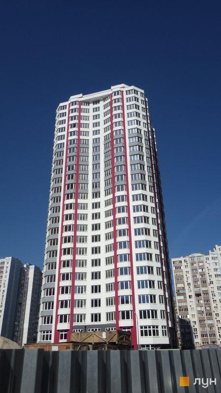 Хід будівництва ЖК Позняки-4а, 2 черга (вул. Драгоманова, 4), червень 2015