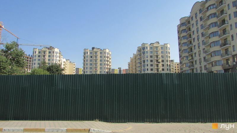 Хід будівництва ЖК Rich Town, 4-6 будинки (вул. Західна, 8, 10, 12), серпень 2017