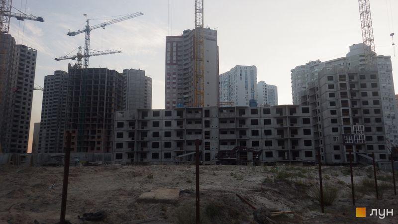 Хід будівництва ЖМ Патріотика, ЖБ Диканька (№7), липень 2015