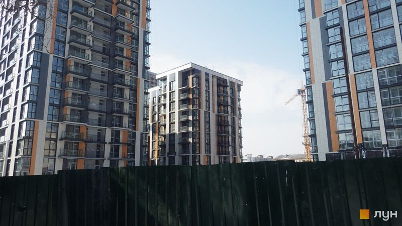 Ход строительства ЖК Французский квартал 2, 5 дом (ул. Предславинская, 55), март 2018