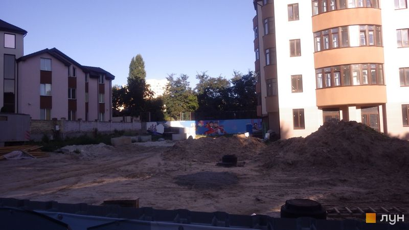 Ход строительства ЖК Комфорт Сити, 3 дом, август 2018