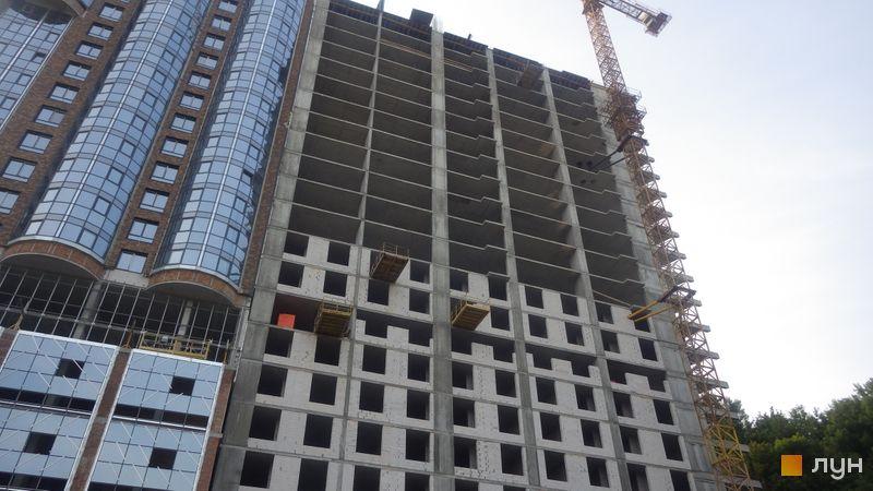Хід будівництва ЖК Podil Plaza & Residence, 1 будинок (секція 4), серпень 2018