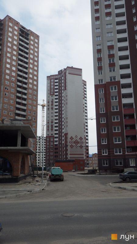 Хід будівництва ЖМ Патріотика, ЖБ Азовський (№9), березень 2016