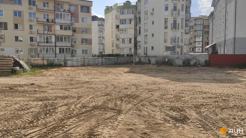 Ход строительства ЖК Власна Квартира, , июль 2019