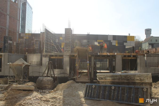 Ход строительства ЖК Семицвет, 10 дом (секция 3), октябрь 2019