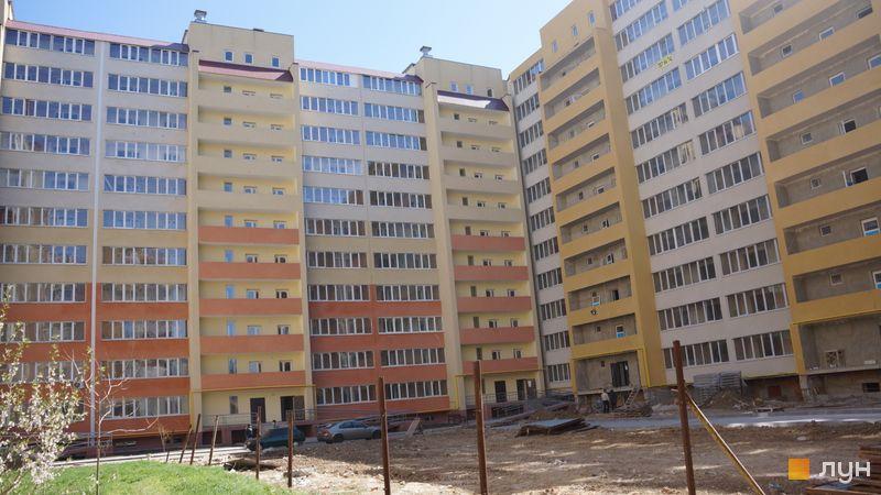 Ход строительства ЖК Сахарова, 1-4 секции, апрель 2020