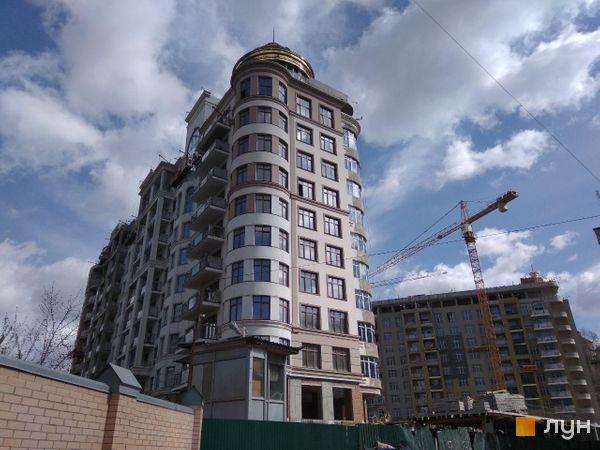 Хід будівництва ЖК 52 Перлина (Pechersk Plaza), 1-10 секції, квітень 2020