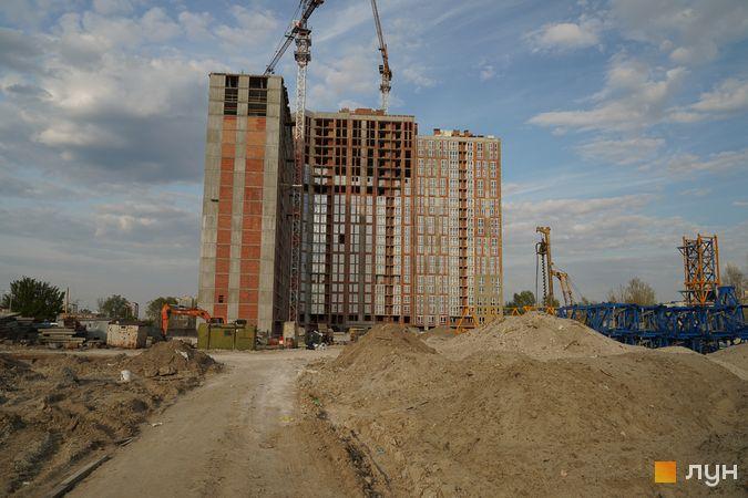 Ход строительства ЖК Причал 8, 1 дом (секции 1-5), апрель 2020