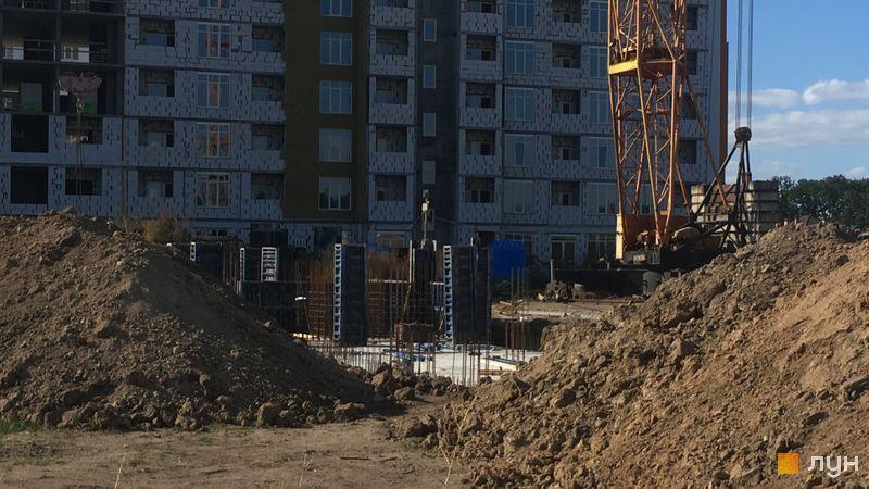 Ход строительства ЖК Orange Park, ул. Одесская, 27 (секции ЗА, 3В, 3С), сентябрь 2020