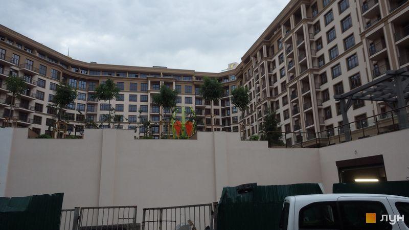 Хід будівництва ЖК 52 Перлина (Pechersk Plaza), 3-7 секції, вересень 2020