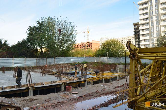 Ход строительства ЖК Вільне Місто, 6-7 дома, октябрь 2020