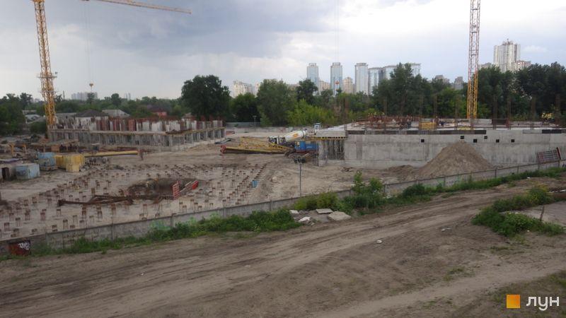Ход строительства ЖК Славутич, 1 очередь (дома 1-3), май 2016