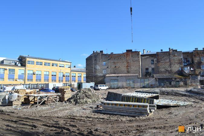 Ход строительства ЖК Містечко Підзамче, ЖК Новый Форт (секции Г1-Г3), апрель 2021