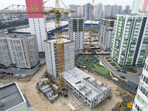 Ход строительства ЖК А12 на Симоненко, 1-2 секции, апрель 2021