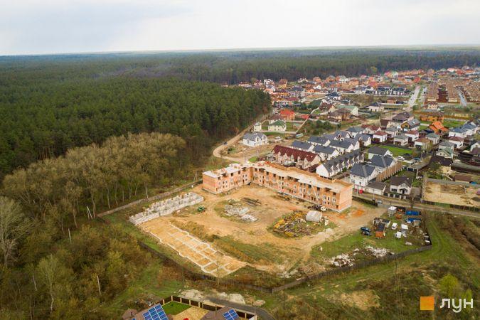 Хід будівництва ЖК Трояндовий, 1-2 черги (будинки 1, 4), квітень 2021