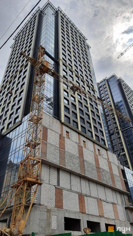 Ход строительства МФК Metropole, 1 дом, май 2021