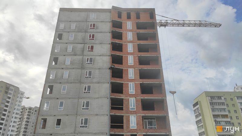 Ход строительства ЖК А12 на Симоненко, 1 секция, май 2021