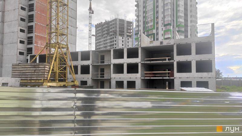 Ход строительства ЖК А12 на Симоненко, 2 секция, май 2021