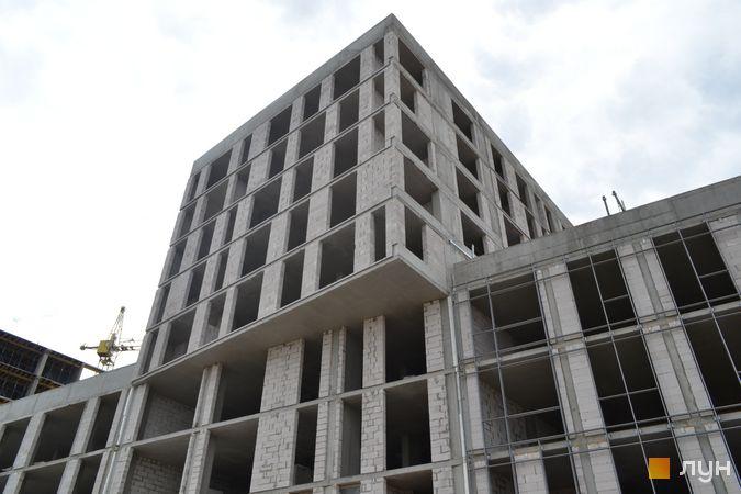 Ход строительства ЖК Містечко Підзамче, ЖК Вежа (секции А5-А6), июнь 2021