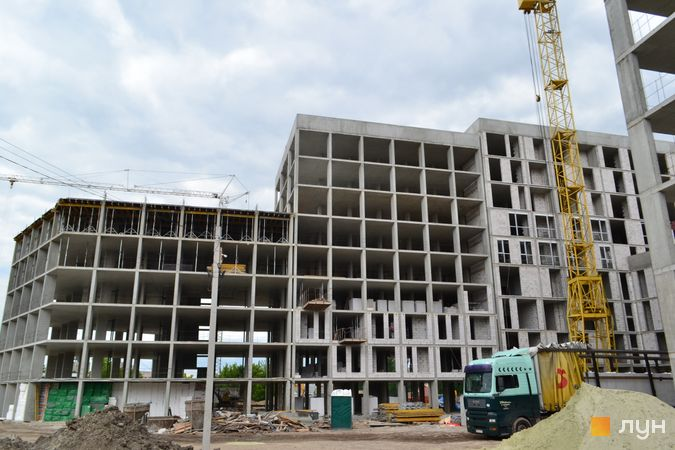 Ход строительства ЖК Містечко Підзамче, ЖК Вежа (секции А1-А2), июнь 2021