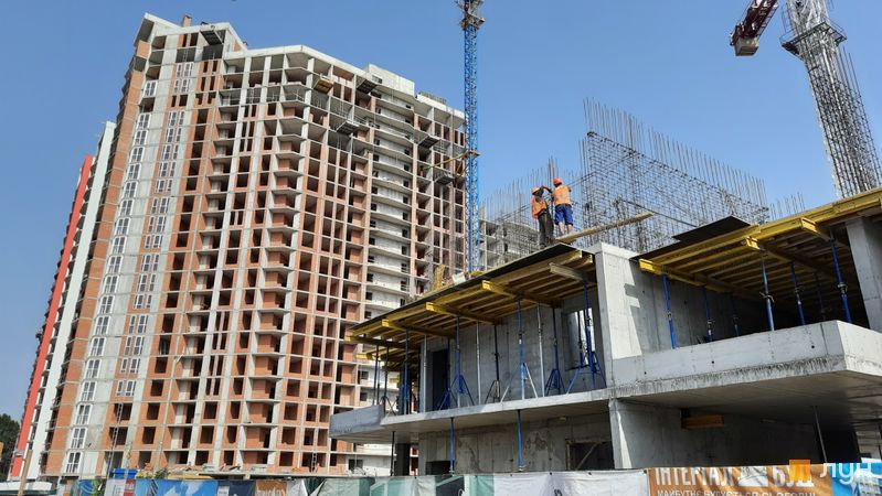 Ход строительства ЖК Причал 8, 1 дом (секции 5-7), июль 2021