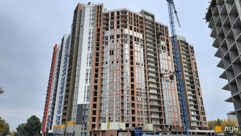 Ход строительства ЖК Причал 8, 1 дом (секции 5-7), октябрь 2021