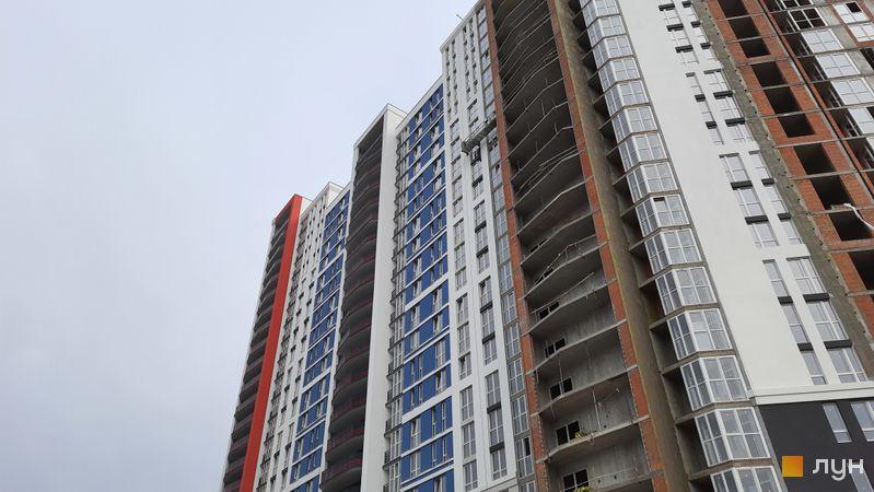 Ход строительства ЖК Причал 8, 1 дом (секции 3-5), октябрь 2021