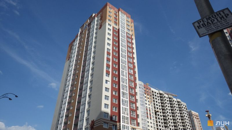 Хід будівництва ЖМ Патріотика, ЖБ Олександрійський (№10), липень 2016