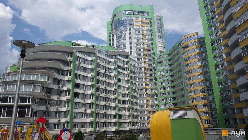 Хід будівництва ЖК Паркове місто, 1-2 черги (будинки 2-5), липень 2014