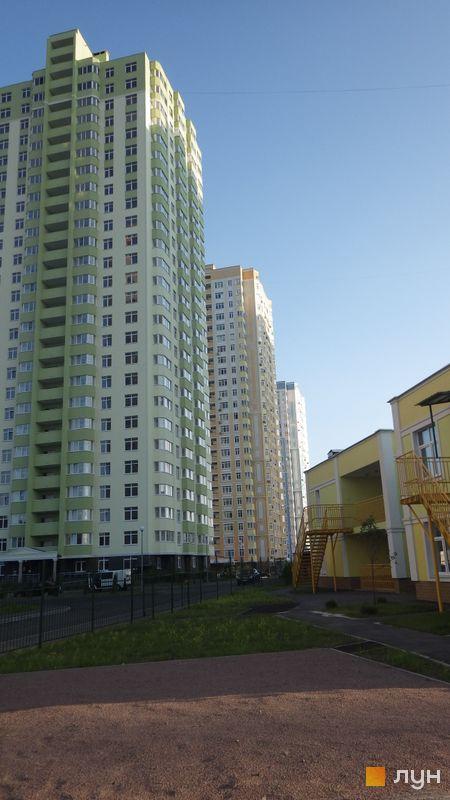 Хід будівництва ЖК Паркові озера, Готові будинки, липень 2014